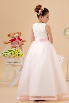 Simple Delicate Tulle Round Lace Applique Beadings Long Flower Girl Dress [WFCF0024]- US$ 137.99 - PersunDresses.com