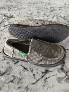 3aab2e506e9 26 Best Unisex Shoes images in 2019
