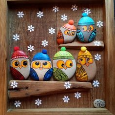 See more ideas about Rock crafts, Easy Rock painting and Painted rocks.These are pretzels but this simple design could easily be painted on rocks. Stone Crafts, Rock Crafts, Diy And Crafts, Arts And Crafts, Pebble Painting, Stone Painting, Diy Painting, Art Rupestre, Owl Rocks