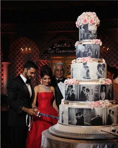 Personalised Wedding Cakes - the New MUST have Indian Wedding Trend! ✨ Ideas for amazing Indian wedding cakes with which you can get in the trend for gorgeous personalised wedding cakes at your own dream indian Wedding! Extravagant Wedding Cakes, Indian Wedding Cakes, Unique Wedding Cakes, Beautiful Wedding Cakes, Gorgeous Cakes, Wedding Cake Designs, Wedding Cake Toppers, Dream Wedding, Indian Weddings
