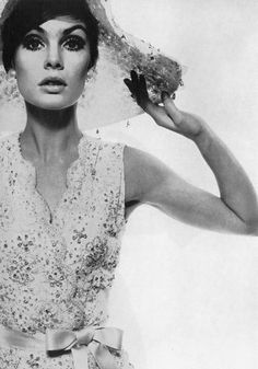 Jean Shrimpton photographed by David Bailey for Vogue UK, Swinging London, Top Models, Kate Moss, David Bailey Photography, Vogue Magazin, Moda Retro, Jean Shrimpton, Sixties Fashion, Vogue Uk