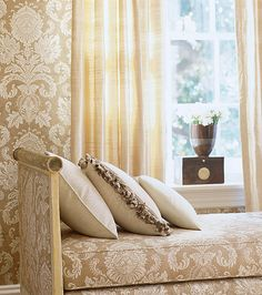Eye For Design: Matching Upholstery and Wallpaper.Lovely Interiors When Done Correctly Matching Wallpaper, Slipcovers For Chairs, Upholstered Furniture, Home Decor Bedroom, Master Bedroom, Pattern Wallpaper, Wallpaper Designs, Fabric Decor, Decoration