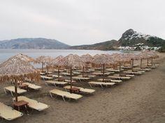 Θάλασσα Firewood, Island, Drink, Food, Woodburning, Beverage, Essen, Islands, Meals