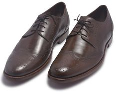 Check out Men's Footwear & Leather Boots By leather skin shop found out the Latest style and for quality leather, Shop Your favorite leather jackets and save big. Handmade Leather Shoes, Suede Leather Shoes, Leather Skin, Casual Work Shoes, Purple Leather Jacket, Brown Brogues, Brown Derby, Derby Shoes, Shoe Closet