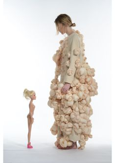 Conceptual Fashion Design - textured dress exploring ideologies of the perfect body; Lucy Mcrae, Conceptual Fashion, Conceptual Design, Bokashi, Sculptural Fashion, Fashion Art, Fashion Design, Fabric Manipulation, Soft Sculpture