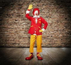RONALD MCDONALD'S   Flickr - Le nouveau costume de Ronald... https://www.flickr.com/photos/lestudio1/14059686203/ if they got a woman suit like this and hair