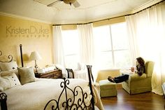love the warmth and feel of this master bedroom... also love the head/footboard