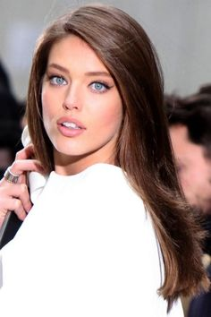 Darker hair and clear blue eyes make a Clear Cool. https://budtoblossombeauty.wordpress.com/clear-cool/