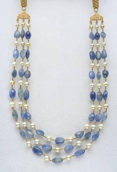 Fulfill a Wedding Tradition with Estate Bridal Jewelry Jewelry Design Earrings, Emerald Jewelry, Gold Jewellery Design, Bead Jewellery, Beaded Jewelry, Designer Jewellery, Amrapali Jewellery, Jewellery Bracelets, Diamond Jewellery