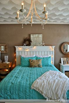 Beach themed room diy coastal bedroom ideas home decor cottage bedding theme living furniture house Blue Home Decor, Ocean Bedroom, Bedroom Themes, Remodel Bedroom, Beach Themed Room, Room Themes, Bedroom Design, Home Decor, Home Decor Inspiration