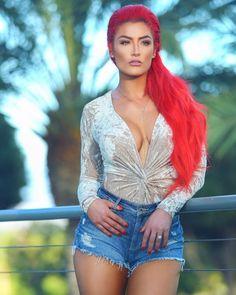 Nxt Divas, Total Divas, Victoria Justice Style, Natalie Eva Marie, Wwe Wallpaper, Wrestling Divas, Power Girl, Lady And Gentlemen, American Actress