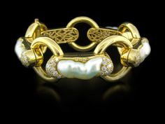 Nicholas Varney Keshi Pearl and Diamond-Bracelet