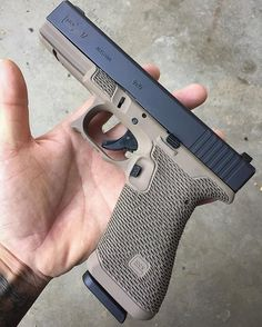 @glockinc g17 w/ premium package.  Details include recessed texturing around the handle ( full tang) , recessed texture at the forward index points and in the memory groove ( double undercut), Glove bevel and mag release scallop cut.  Also installed some @trijicon night sights and had the frame cerakote in fde by my buddy Tom @firepowerdepot .. ❗www.finelinetactical.com ❗ .. #finelinetactical #finelines #fltllc #itsjustart #functionalart #gun #art