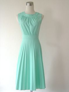 Mint Green Dress (I love modest, modern dresses that have a vintage feel)  Perfect for an outdoor country wedding