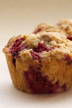 Muffins de frambuesa con crumble de avena (Receta) - Dulces con Alma