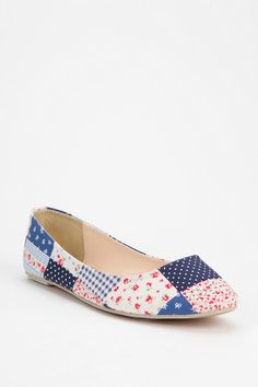Floral Patchwork Skimmers #urbanoutfitters