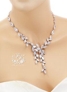 OOAK collier AAA zircon collier mariage bijoux de mariage mariage accessoire bijoux de mariage collier de mariée déclaration collier Sasa