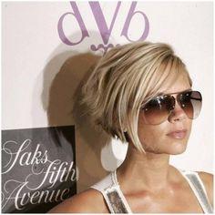 Victoria Beckham short hair-blonde short hair-image4