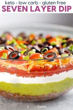 BEST Keto 7 Layer Dip - (Healthy & Low Carb) Fabulous low carb appetizer recipe for Super Bowl Sunday! Gluten Free Appetizers, Low Carb Appetizers, Appetizers For Party, Appetizer Recipes, Appetizer Ideas, Easy Healthy Appetizers, Gluten Free Party Food, Healthy Superbowl Snacks, Keto Snacks