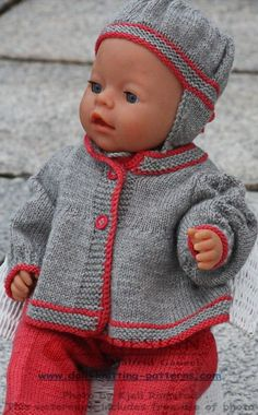 Child Knitting Patterns I believe that is now a well dressed doll! Baby Knitting Patterns Supply : Ich denke, so ist das nun eine schick angezogene Puppe! Baby Born Clothes, Bitty Baby Clothes, Girl Doll Clothes, Girl Dolls, Baby Knitting Patterns, Baby Patterns, Knitting Dolls Clothes, Knitted Dolls, Baby Overall