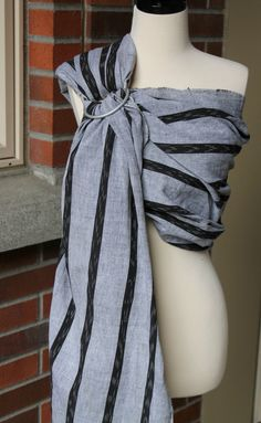 Umi Sling Baby Carrier Handwoven Guatemalan Cotton by thebohomama Ring Sling, Baby Sling, Baby Party, Baby Wearing, Hand Weaving, Casual, How To Wear, Cotton, Stripes