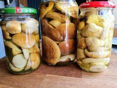 Grzyby marynowane - przepis Moich Teściów - Myśli Potarganej Canning Recipes, Pretzel Bites, Pickles, Cucumber, Food And Drink, Cooking, Polish Food Recipes, Canning, Kitchen