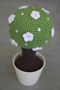 Crochet Wish Tree - my mother really doesn't like topiaries so i may have to make this one for her lol