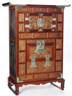 Joseon Dynasty wood furniture : Master So Byungjin