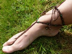 Macrame Barefoot Sandal with Green and por KnottyKnottyMacrame, £8.00