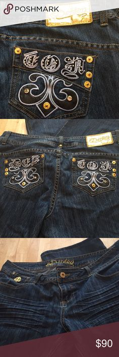 House of Dereon Jeans Very sharp blue jeans by House of Dereon.  Beautifully embroidered in gold and powder blue.  Krinkled material below the front pockets.  Super stylish.  98% Cotton; 2% Spandex.  Size 16 House of Dereon Jeans Boot Cut