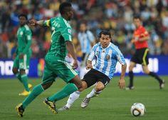 Na Quarta-feira, 25 de Junho de 2014 a seleção da Nigéria enfrenta a seleção da Argentina em um dos Jogos da Copa do Mundo 2014 no Brasil. O jogo acontece no Beira Rio, em Porto Alegre - Rio Grande do Sul às 13h (horário de Brasília) #futebol