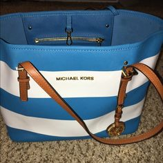 Michael Kors bag *make me an offer on ♍️ercari* Decently good condition • no scratches or rips, but a little dirty on the inside which you can tell in picture • pretty colors and a great size, I think you will definitely enjoy this bag! • has small sections inside the bag to fit whatever you need too. Michael Kors Bags Totes