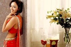 Parul Chauhan in saree - Parul Chauhan Rare and Unseen Images, Pictures, Photos & Hot HD Wallpapers