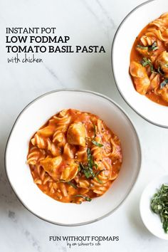 Instant Pot Low FODMAP Tomato-Basil Pasta is made with just 7 ingredients in about an hour. This easy (mostly hands off) supper features whole-grain brown rice pasta, protein-packed chicken, low FODMAP tomato-basil sauce, and low-lactose mozzarella (or dairy-free cheese). #lowfodmap #instantpot #pasta #chicken Low Fodmap Vegetables, Tomato Basil Pasta, Lean Cuisine, Rice Pasta, Supper Recipes, Fodmap Recipes, Brown Rice, How To Cook Pasta, Food Dishes