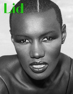 Grace Jones by Kate Simon/Lid Magazine Grace Jones, Jerry Hall, African Beauty, African Women, Kenzo, State Of Grace, Fierce Women, Black Artists, Her Music