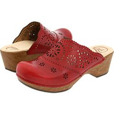 OMG I grew up wearing wood clogs..I would love to have another pair like these again :P