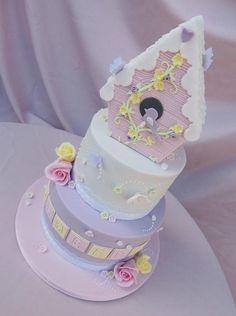 Baby birdhouse cake - Cake by jameela - CakesDecor