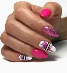 25 Hottest Nail Designs Ideas to Try This Season Orange Nails, Pink Nails, Stylish Nails, Trendy Nails, Hot Nails, Hair And Nails, Hot Nail Designs, Nails Design With Rhinestones, Fancy Nails