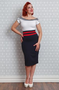 Laura-Rosalee  -Paneled pencil skirt