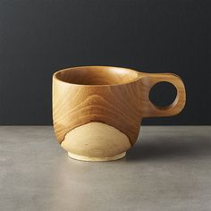 Reclaimed teak wood is formed by hand into this lovely, natural tea cup. Beautiful active wood grain remains free of stain. Natural Tea Cups, Natural Mugs, Best Coffee Mugs, Unique Coffee Mugs, Coffee Cups, Enamel Teapot, Grey Mugs, Home Coffee Stations, Black Clay