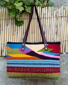 Bolsa artesanal. ..100%lana.
