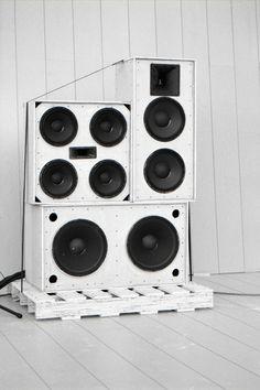 Weak Soundsystem by christopheradams