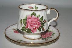 Vintage Elizabethan Fine China Teacup and Saucer