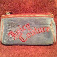 Juicy couture makeup case So cute.  The perfect accessory Juicy Couture Accessories