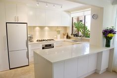Contemporary custom kitchens with ideal storage cabinets   MOTIQ Online - Home Decorating Ideas