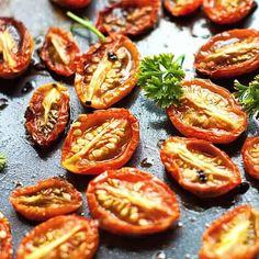 How to Make Fire Roasted Tomatoes #lowcarb #keto #healthy #meddiet #Mediterraneandiet #vegetable #recipe Small Tomatoes, Plum Tomatoes, Med Diet, Mediterranean Diet Recipes, Mediterranean Style, Fire Roasted Tomatoes, Vinaigrette Dressing, Greek Salad, Diet Snacks