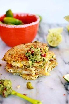 Guacamole Deviled Eggs, Guacamole Salsa, Mexican Food Recipes, Dinner Recipes, Ethnic Recipes, Mexican Meals, Mexican Dishes, Margarita Chicken, Onigirazu