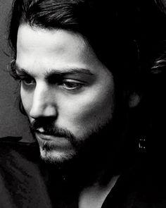 [ Diego Luna ] - Actor and director to receive the 26th Hispanic Heritage Award. #hispanicheritage #hispanic