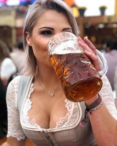 German Beer Festival, Drindl Dress, Beer Maid, Oktoberfest Outfit, German Girls, German Women, Beer Girl, Free Beer, Beer Tasting