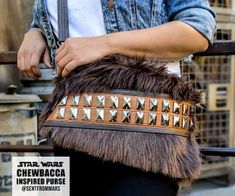Star Wars Chewbacca Inspired Purse : 15 Steps (with Pictures) - Instructables T Shirt Bracelet, Hair Tinsel, Bag Patterns To Sew, Canvas Patterns, Sewing Patterns, Chewbacca, Milk Jug, Facon, Learn To Sew